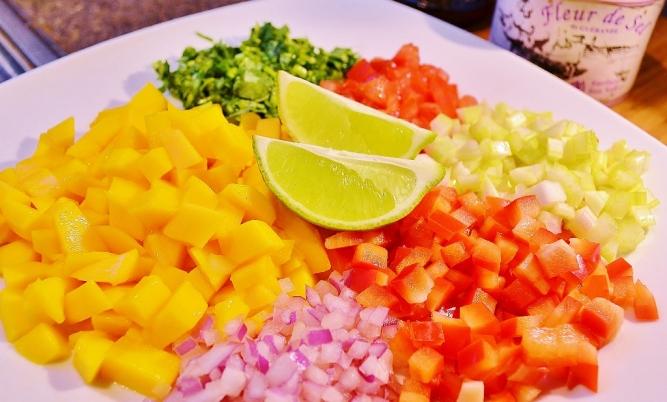 ingrédients salsa de mangue (1024x618)