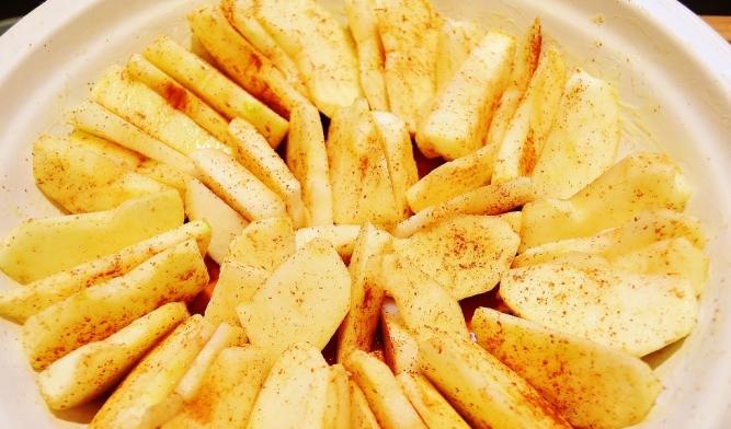 renversé pommes-caramel (pommes au fond du moule) www.catherinecuisine.com (1024x603)