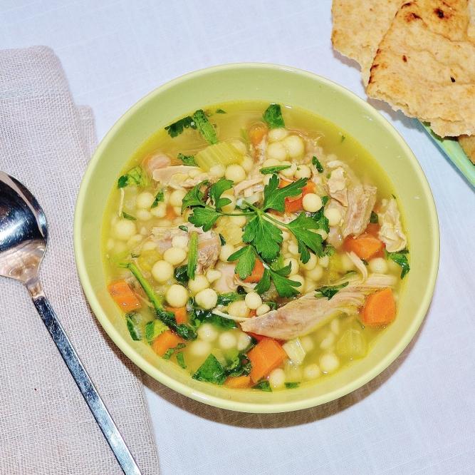 soupe à la dinde et au couscous de Jérusalem