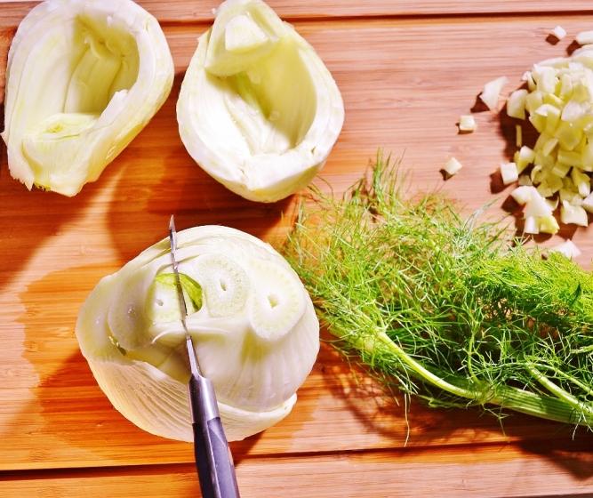 Fenouil farci à l'italienne - préparation des bulbes