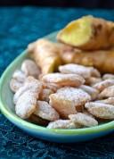 Gingembre confit dans le sirop d'érable - maple candied ginger