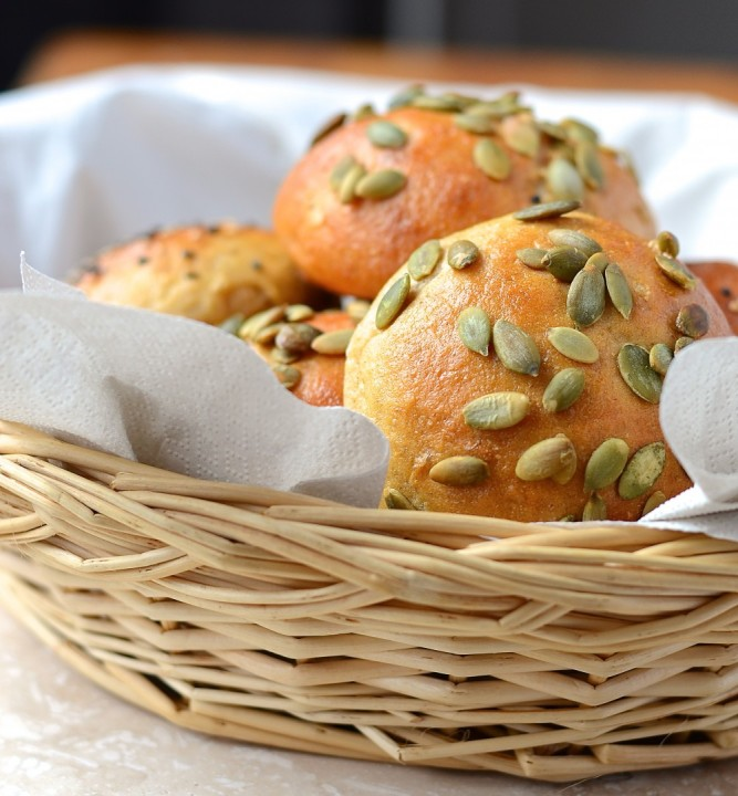 Peits pains au kamut et au yogourt - kamut and yogurt rolls