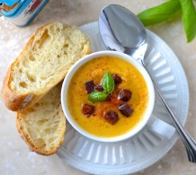 Potage de patate douce, céleri-rave et chorizo --- Sweet potato, celeriac and chorizo soup
