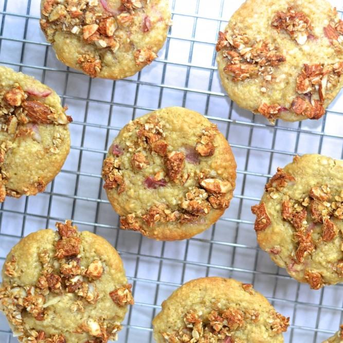 Muffins santé à la rhubarbe - Rhubarb healthy muffins