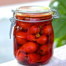 Pickles de radis (radis marinés) - pickled radishes