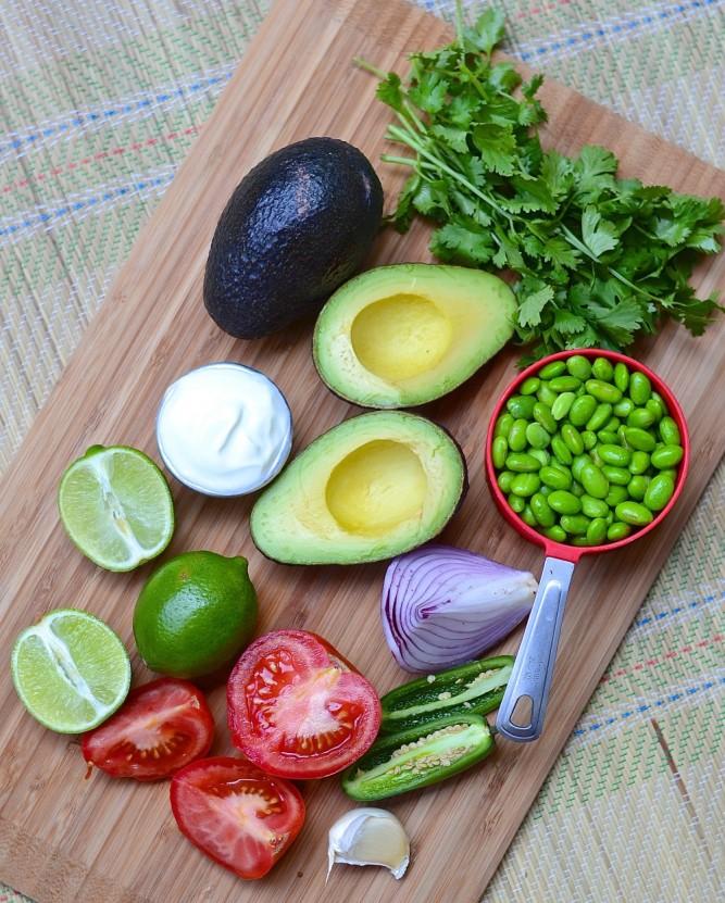 ingrédients pour guacamole aux fèves edamame