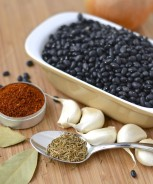 Soupe de haricots noirs et chorizo à l'autocuiseur